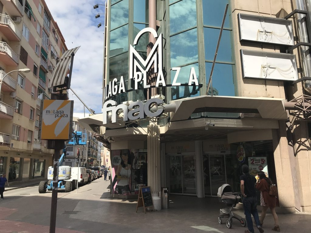 MALAGA PLAZA SHOPPING CENTRE